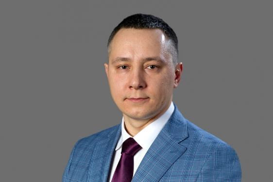 Максим Козловский